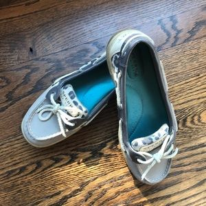 Like new! Sperry top-siders size 6